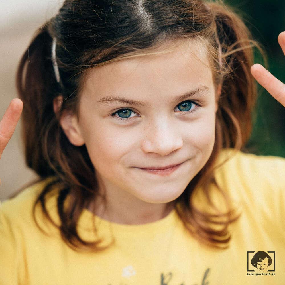 Kindergartenfotografie im freien Spiel / echtes freies Spiel (kita-portrait.de)