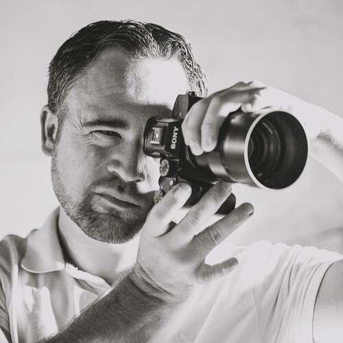 Fesselnde Fotos - Ihr Fotograf in Greven - Hagen Alkis - Werbe- und Industriefotografen in Deiner Nähe