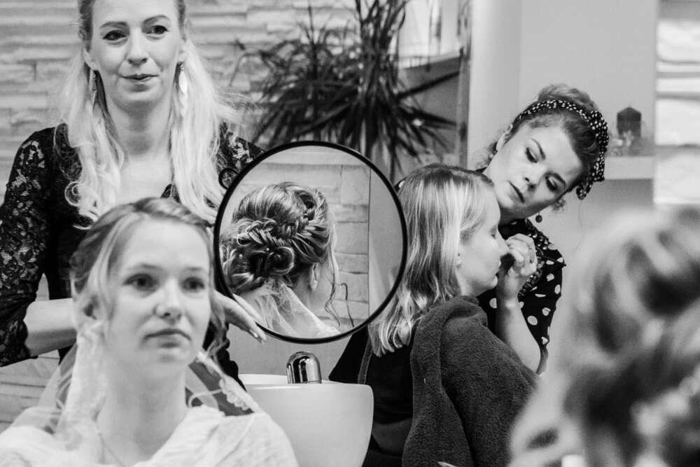 getting ready (wellengang Hochzeits- und Familienfotografie)