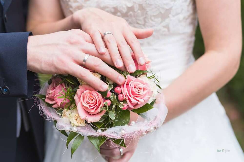 Brautsrauß und Ringe (foto.gen)
