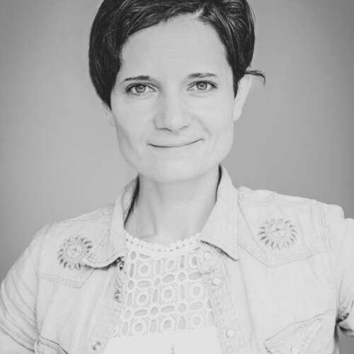 Fotostudio Theresa Ullrich - Theresa Ullrich - Fotografen aus Siegen-Wittgenstein ★ Preise vergleichen