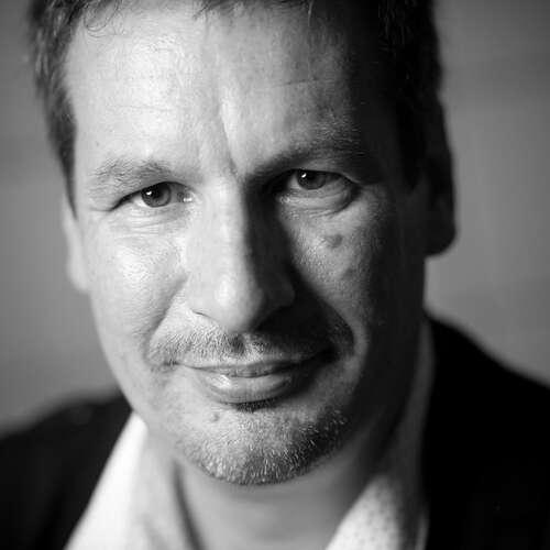 Events Portraits Hochzeiten - Tomas Forstreuter - Fotografen aus Herzogtum Lauenburg ★ Preise vergleichen