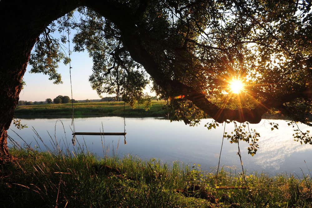 Sonnenaufgang / Elblandschaft (Annett Melzer)