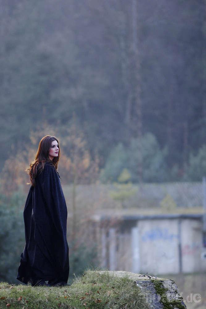 Modefoto / für Fotodesign-Kurs der Deutschen Pop (photog.de  -  Presse - Reportage - Workshops)
