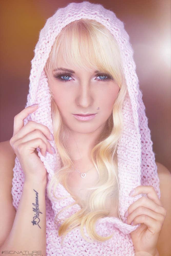 Beauty Girl (Signature Studio Line)