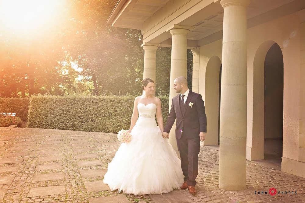 Hochzeitsfotograf-Braunschweig / Hochzeitspaar-im-Sonnenlicht (ZANAPHOTOS)