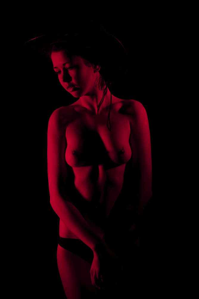 Red Light / akt, intim, nude, portrait, shooting (Franz Fotografer Studio)