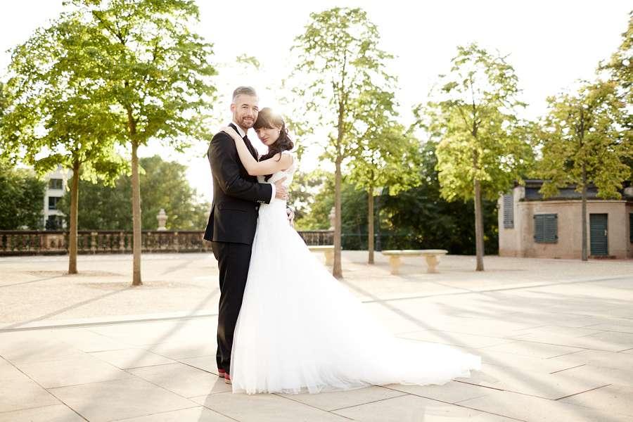 Hochzeitsportrait Gegenlicht (FOTOLOFT Kai & Kristin Fotografie)