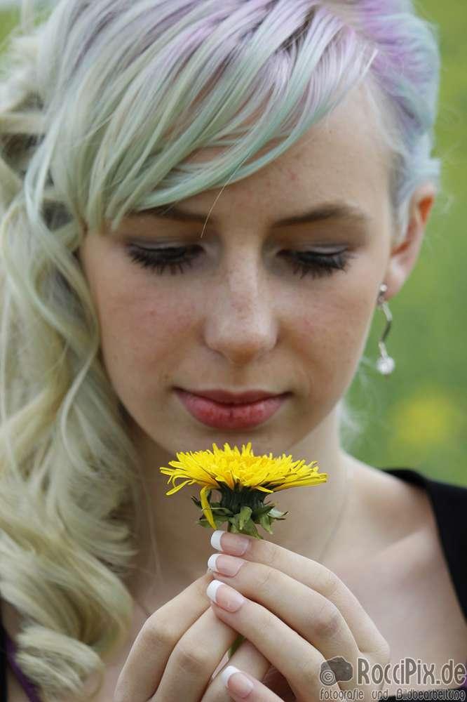Tascha zur Jugendweihe / Mehr Portraitbilder unter roccipix.de (RocciPix)