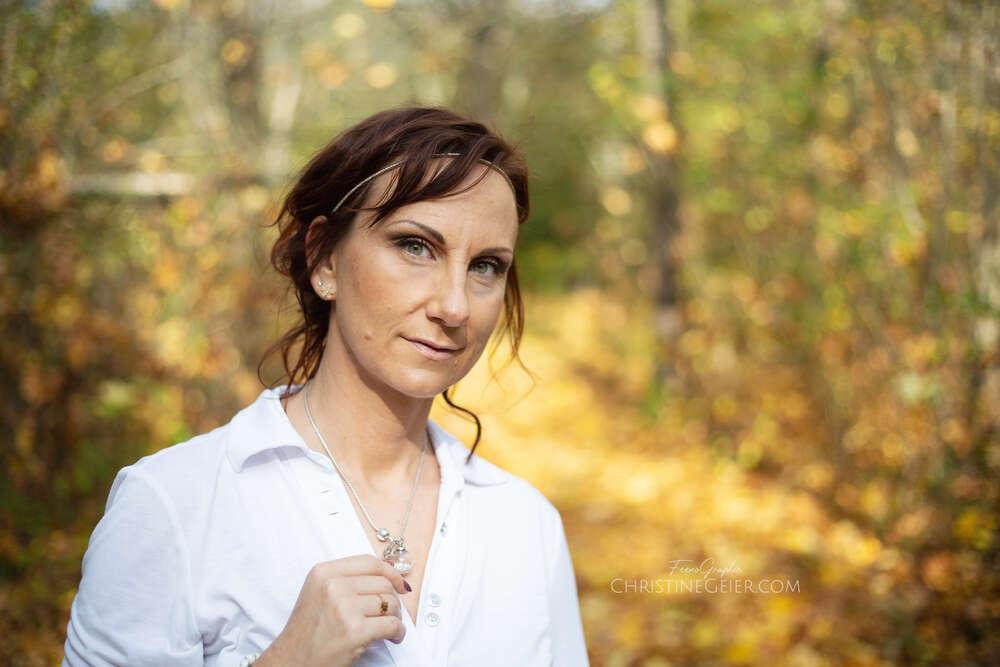 Nadine Kaul Naildesign / Portraits in der Natur (FeenoGraphie)