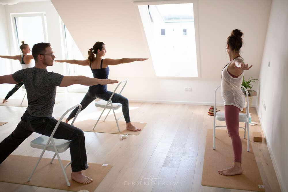 In Aktion / Yogastudios, in Bewegung sein (FeenoGraphie)
