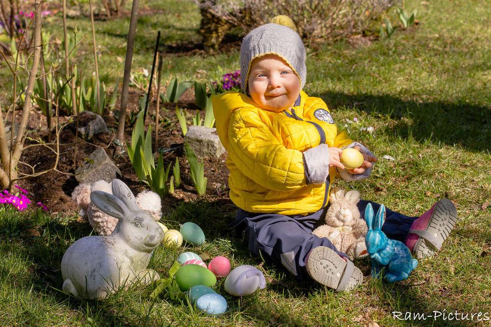 Ostergruß / Kleinkindportrait (Ram-Pictures)
