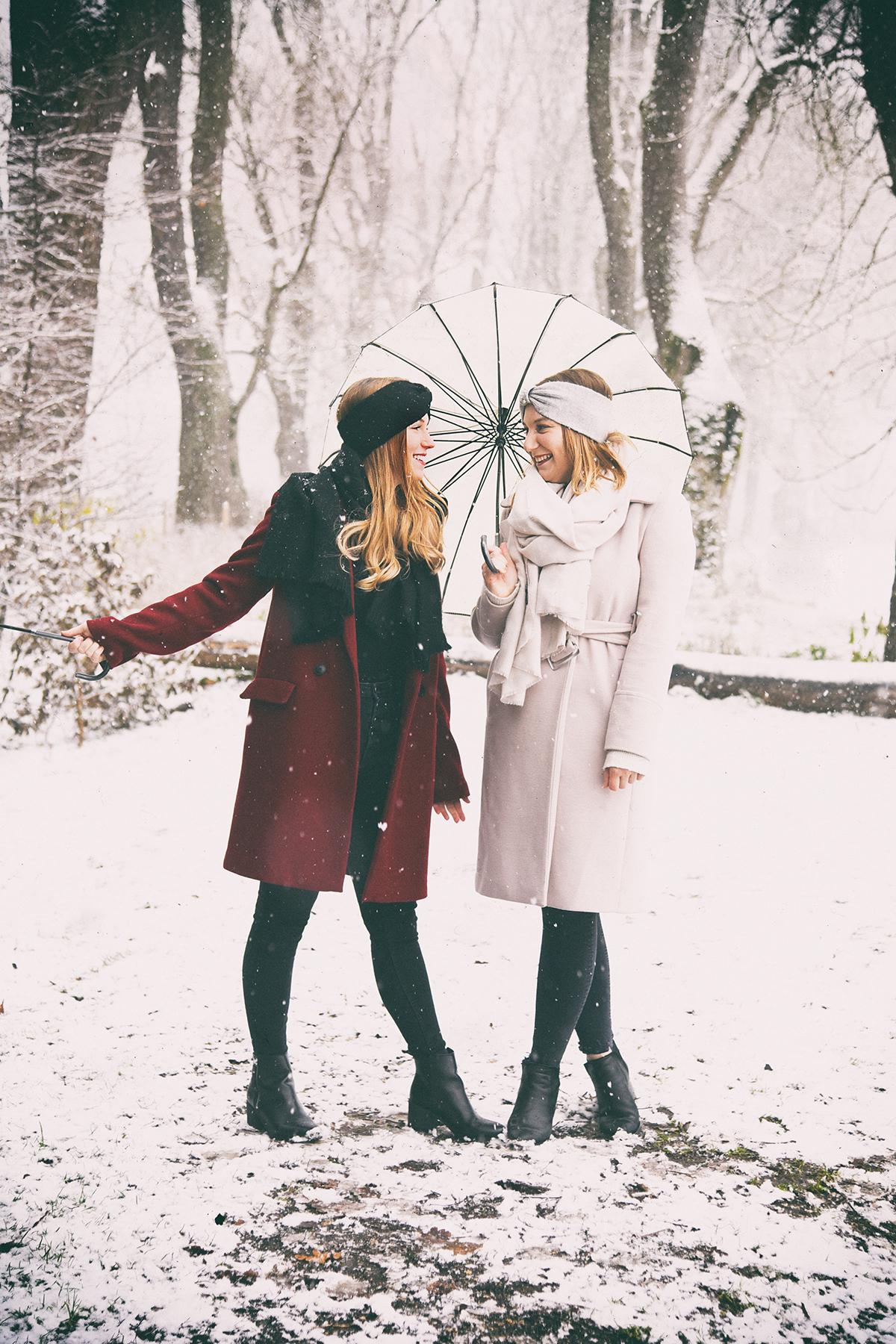 Schwestern im Schnee /