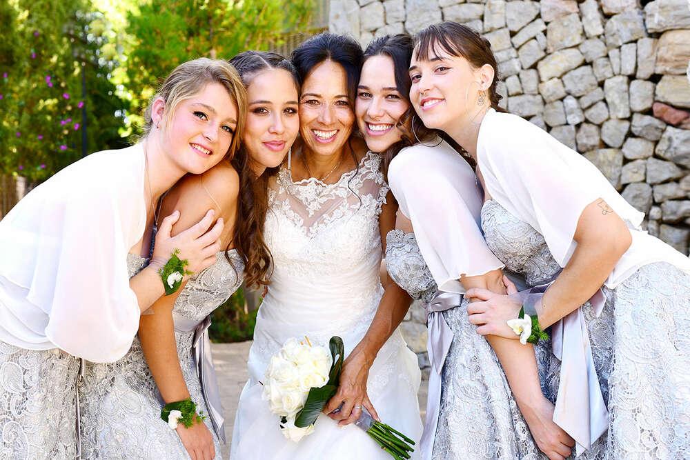 Braut mit Brautjungfern / Mädelspower (EE fotografie)