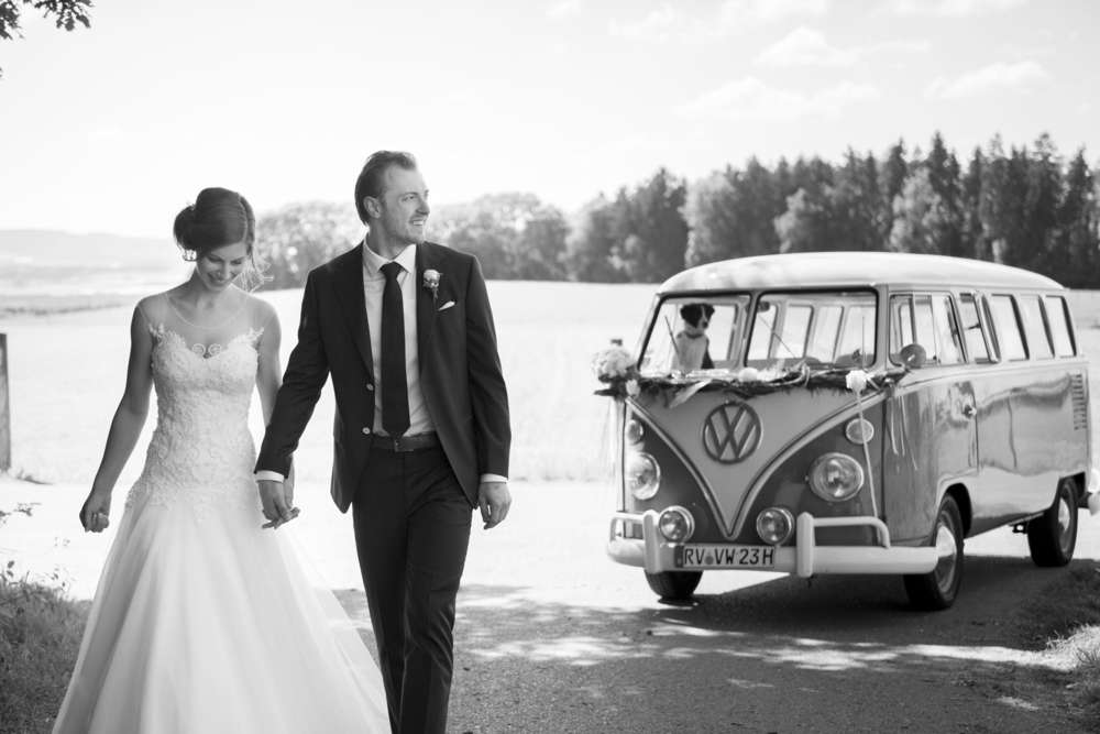 VW Bus / Wedding Lake of Constance (Ludwig Maier Photography)