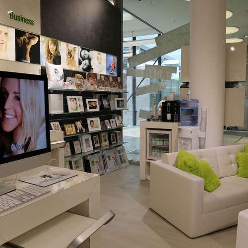 PicturePeople Fotostudios Milaneo Stuttgart - Fotografen aus Stuttgart ★ Angebote einholen & vergleichen