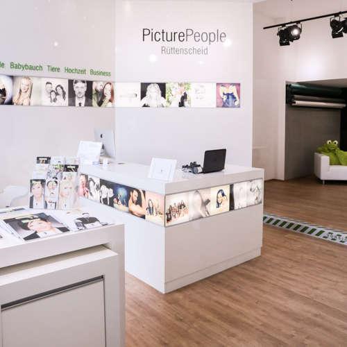 PicturePeople Fotostudios Rüttenscheider Straße - Fotografen aus Remscheid ★ Angebote einholen & vergleichen