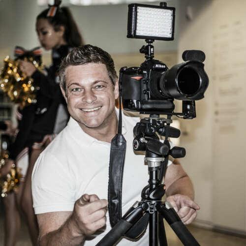 Atelier Picslocation - Peter Neher - Hochzeitsfotografen aus Biberach ★ Preise vergleichen