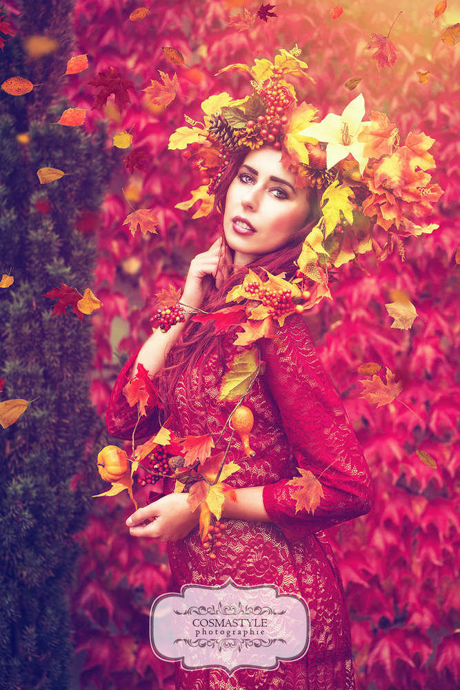 Herbstkönigin / model for one day, aussergewöhnliches Shooting, styled shoot, Model, Sedcard, Laub, Herbst,  (Cosmastyle Photographie)
