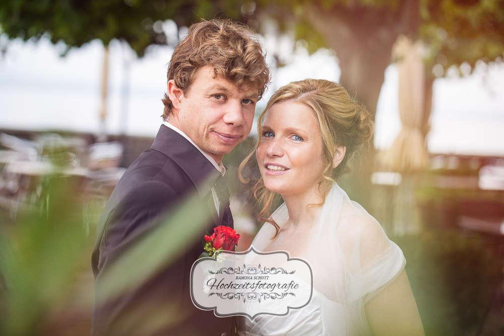 Hochzeitsreportage am Bodensee / Junges Hochzeitspaar