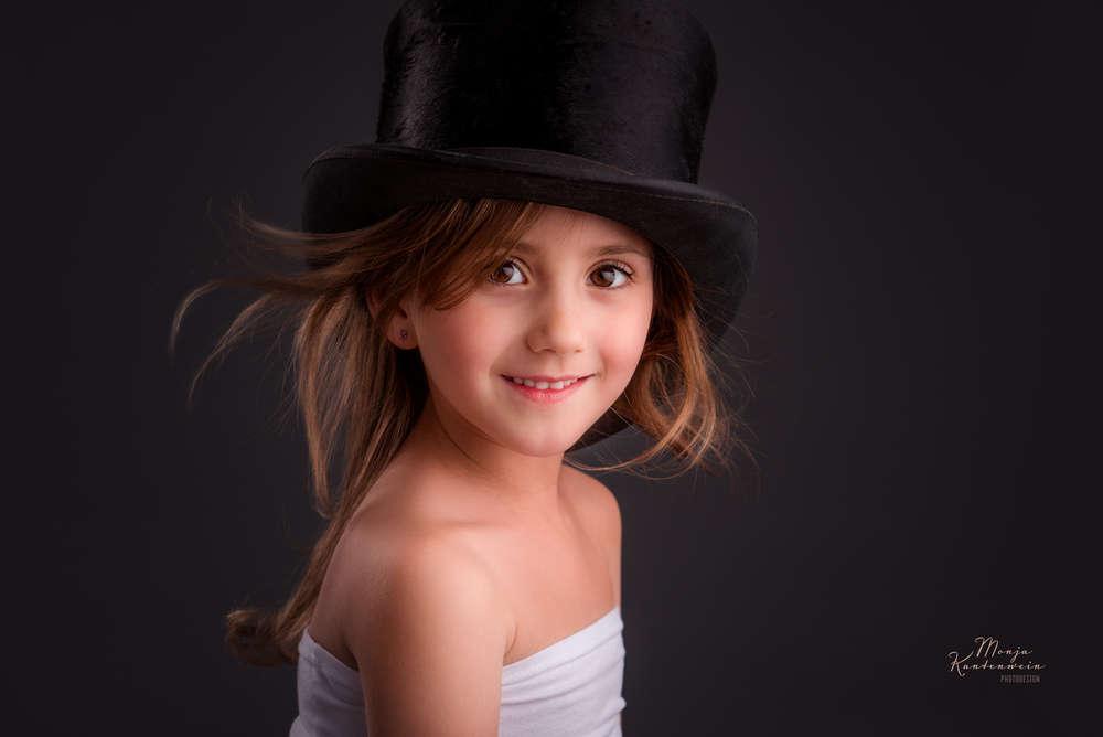 Kinderportrait Studio / Kleiner Wirbelwind