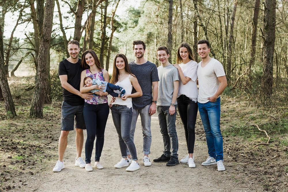 Familienshooting - Geschwistershooting / Familienshooting in den Maasduinen (MARINA LANG PHOTOGRAPHY)