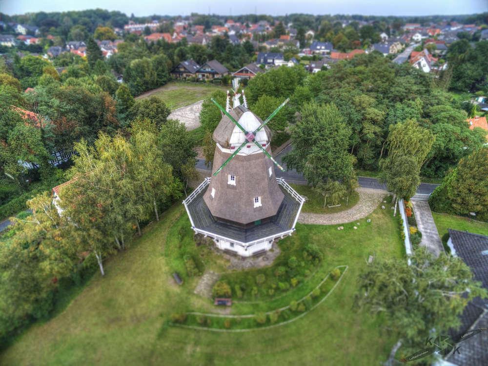 Lauftaufnahme Windmühle (K.K Luftaufnahmen Luftbilder)