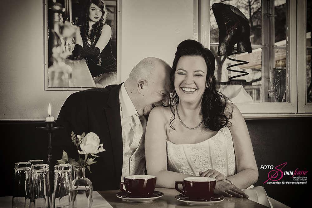Hochzeit / Love in a Café (FotoSINNfonie)