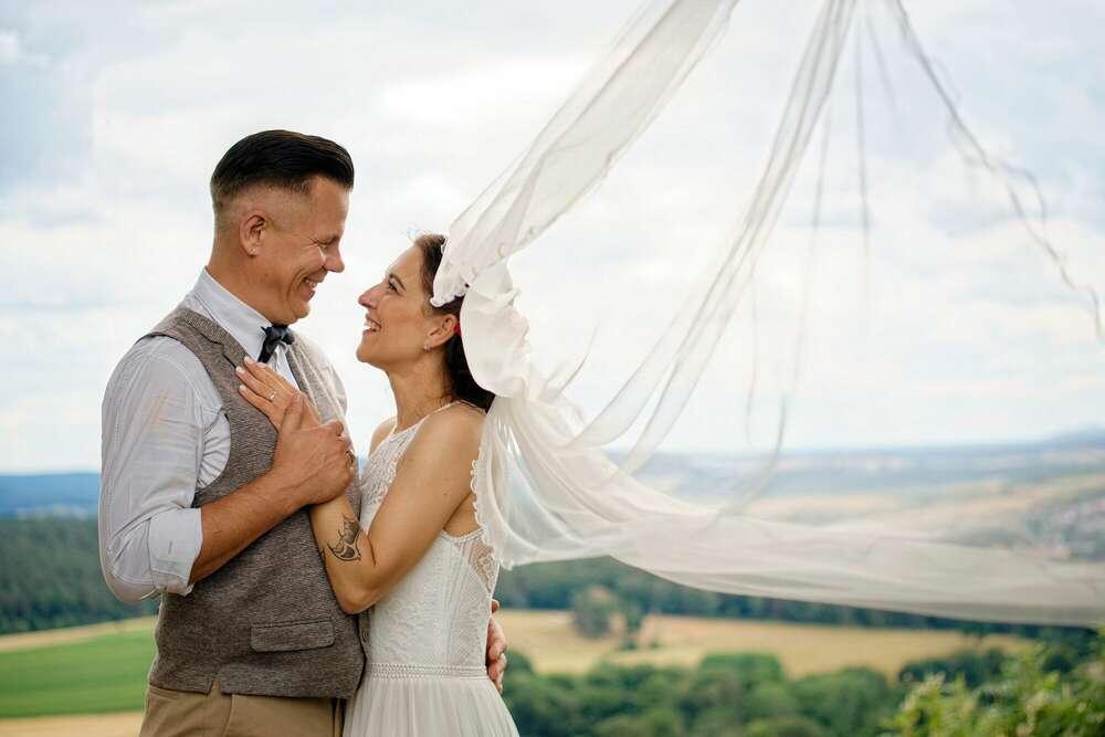 WeddingDay / windy