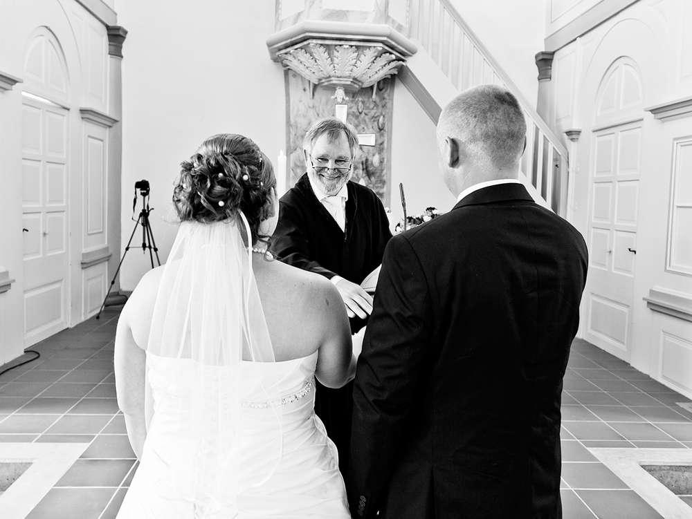 David Tenberg Fotografie / Fotograf David Tenberg, Hochzeitsfotograf Fulda. Der Fotograf für moderne und kreative Hochzeitsreportagen und natürliche Portraits in Fulda, Hessen und ganz Deutschland. (David Tenberg Fotografie)