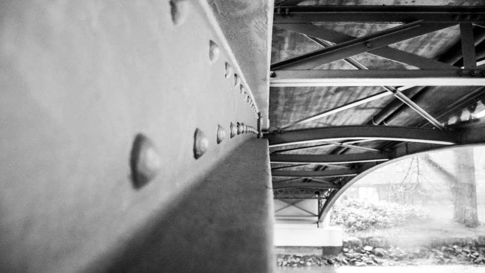 Nimesbrücke Braunschweig (http://spiegelbilder.de)