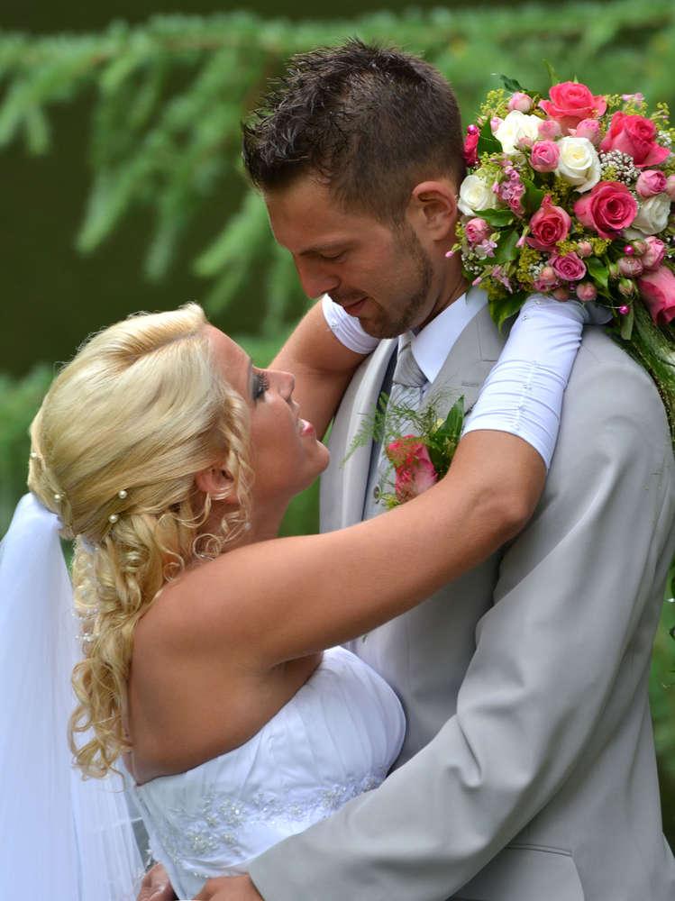 Frisch verheiratet / Im Schloßgarten Cuxhaven (Ihr Fotograf in Cuxhaven)
