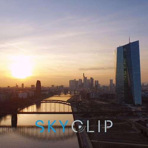 Skyclip Luftaufnahmen Frankfurt - Carsten Krumm - Fotografen aus Hochtaunuskreis ★ Jetzt Angebote einholen