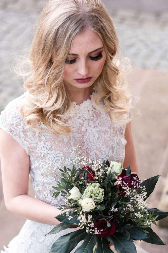 Bride (Marie Schneider)