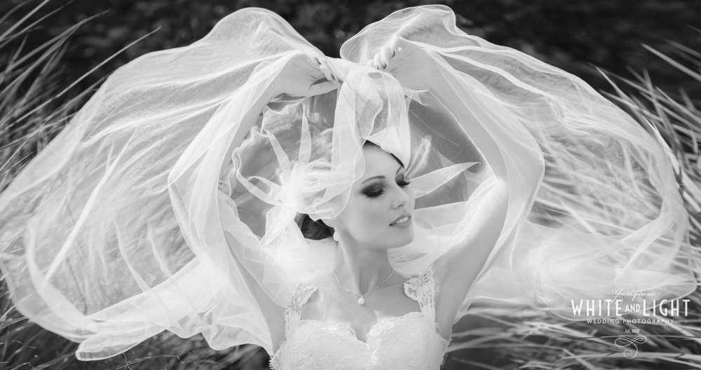 Hochzeitsfotograf in München – WHITE AND LIGHT / www.muenchenhochzeitsfotograf.de