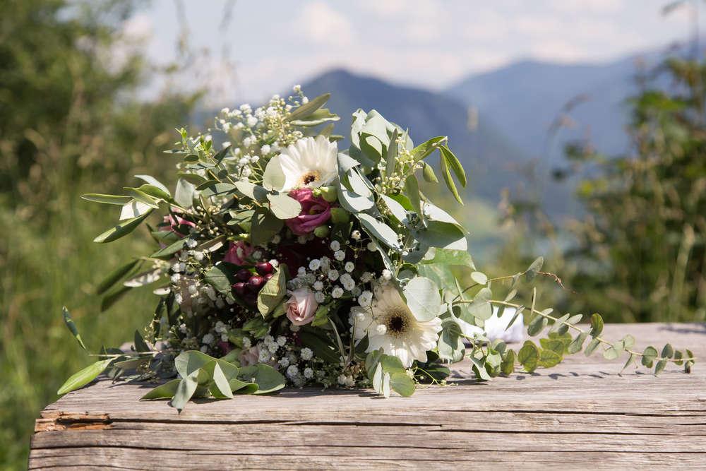 Blumen für die Braut / Der Brautstrauss (lightpainting-fotografie)