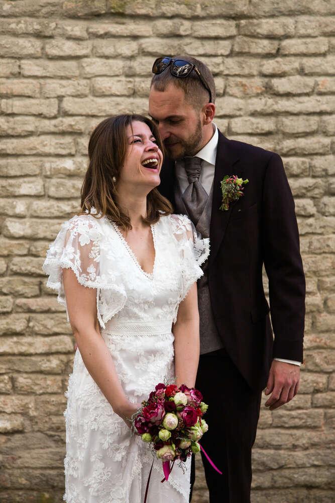 Hochzeit in Augsburg / Fröhliches Brautpaar-Shooting (lightpainting-fotografie)