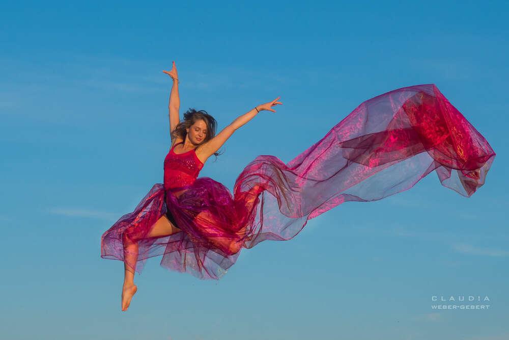 jump for joy (DESIGN BÜRO)