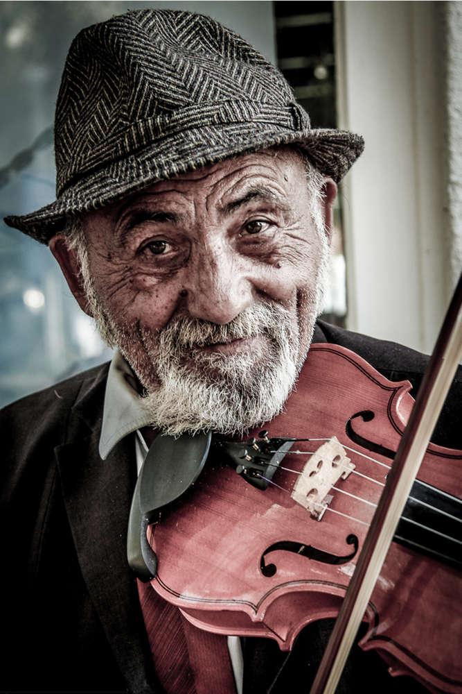Der Geigenspieler / Portrait (Behrus Yazdanfar)