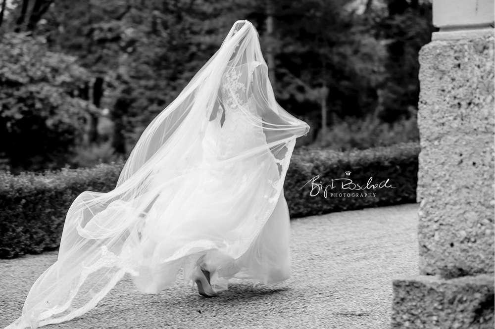 Hochzeitsreportage / Brautkleid (Birgit Roschach Photography)