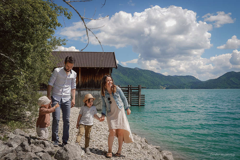 Familienfotoshooting / Familienfotoshooting am See (Lucky Memory Photography)