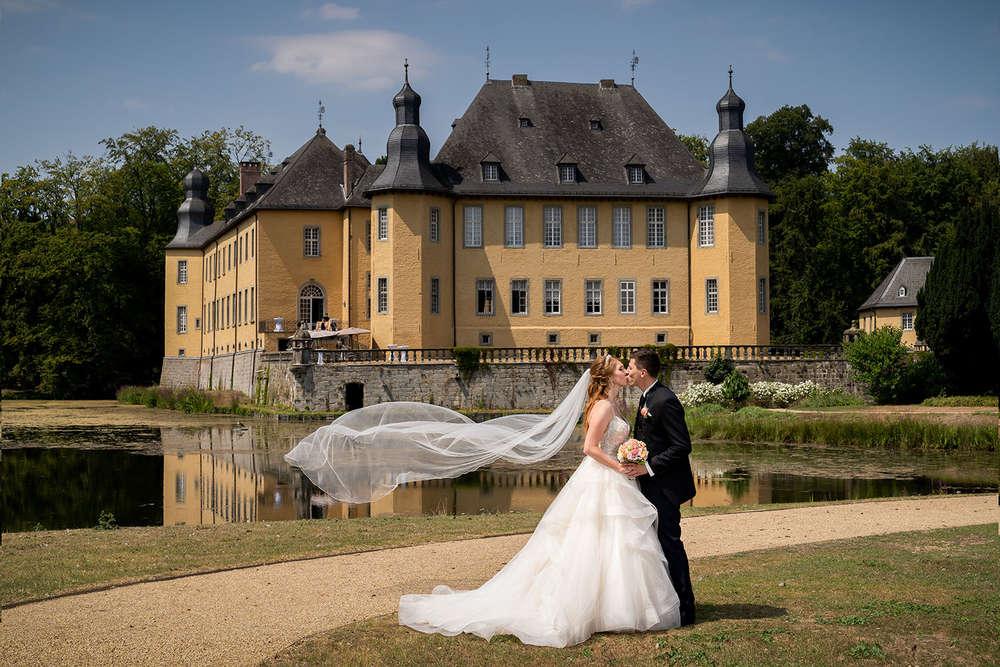 Brautpaar Schloss Dyck (T & P Fotografie)