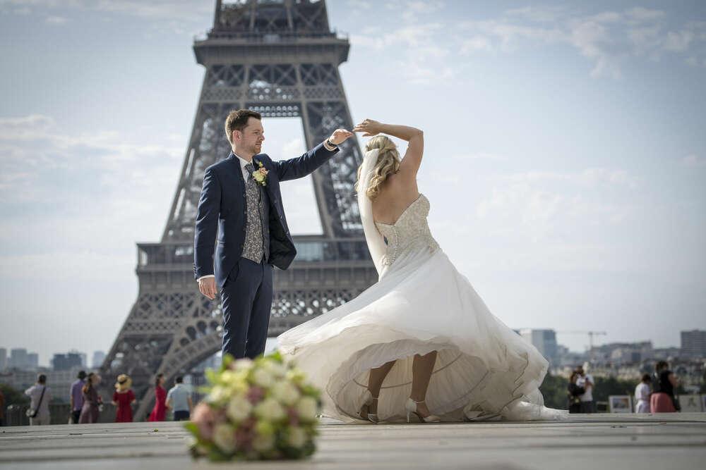 Dancing in Paris (Fotomentalist)