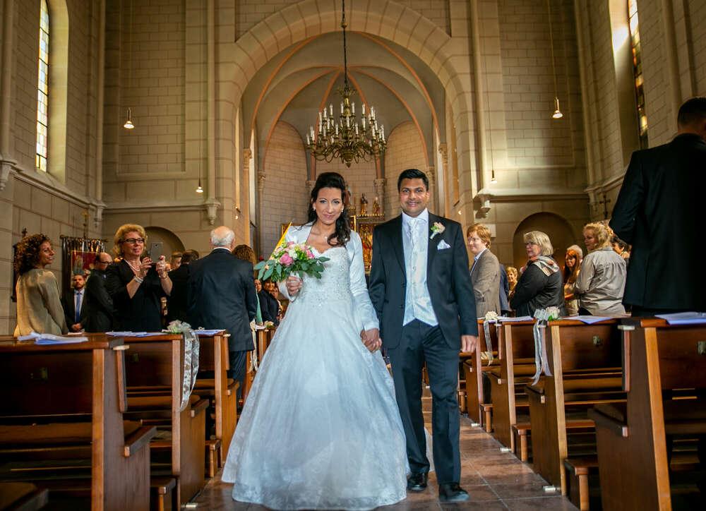 Kirchliche Hochzeit / Hochzeitsfotografie, Kirche, Brautpaar, Fotograf, Frankfurt, Wehrheim (Christian Schmidt Fotografie)