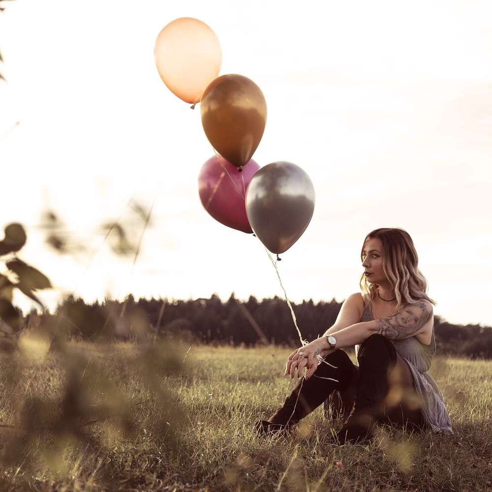 Tattoolovers / Luftballonshooting mit Sonja