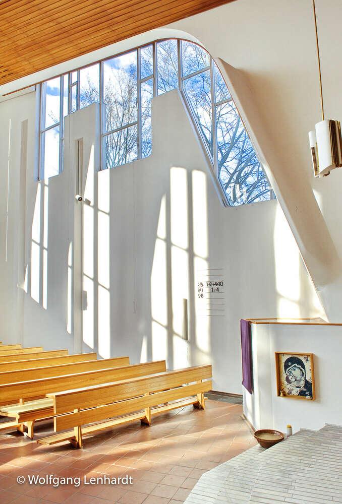 Transparenz / Heilig Geist Kirche Wolfsburg (Studio b8)