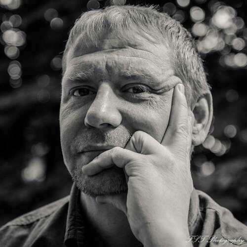 Thielmann Fotografie - Frank Thielmann - Hochzeitsfotografen in Deiner Nähe ★ Preise vergleichen