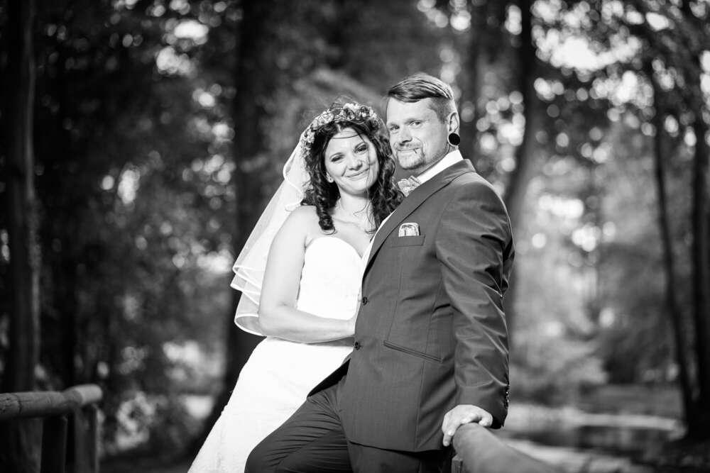 Hochzeitspaar S/W (Lichtkegel Fotografie)