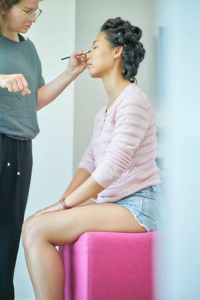 Make-up Session / Haare, Make-up, Kleid in der Reihenfolge (Roman Stöppler Fotografie)