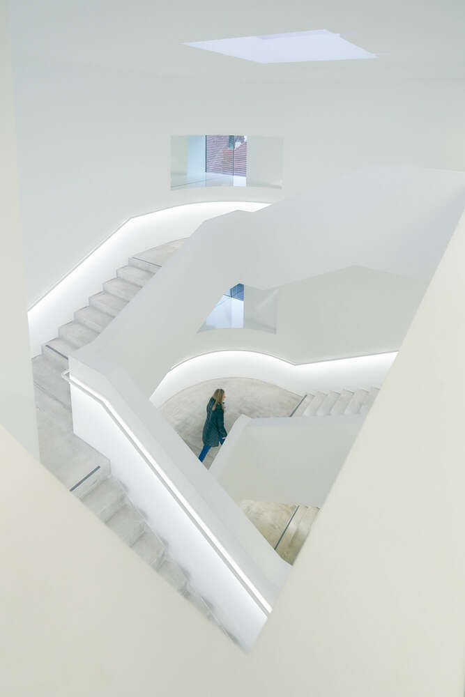 Treppenhaus 2 / So schön kann Beton sein (Roman Stöppler Fotografie)